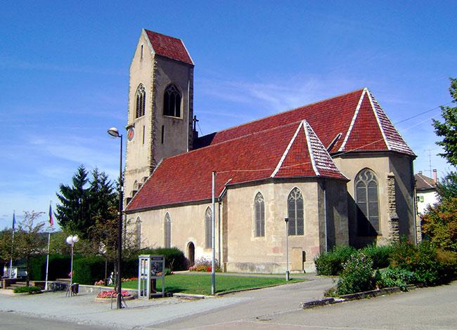 Vue de l'église de Waldighoffen.